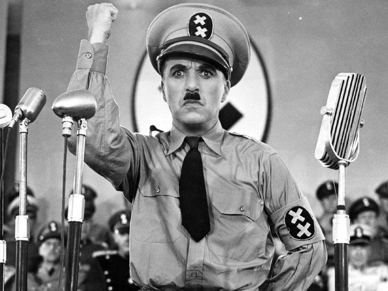 http://direitoetrabalho.com/wp-content/uploads/2008/02/chaplin-ditador.jpg