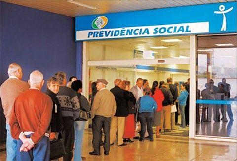 Antecipação do décimo-terceiro para aposentados e pensionistas.